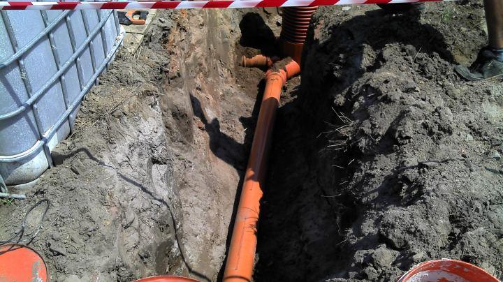 przyłącze kanalizacyjne, wykop